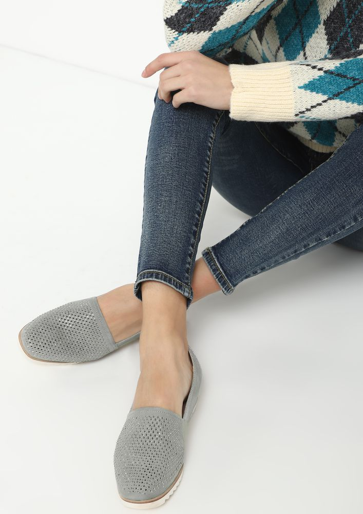 GONE WITH THE STUDS GREY ESPADRILLES