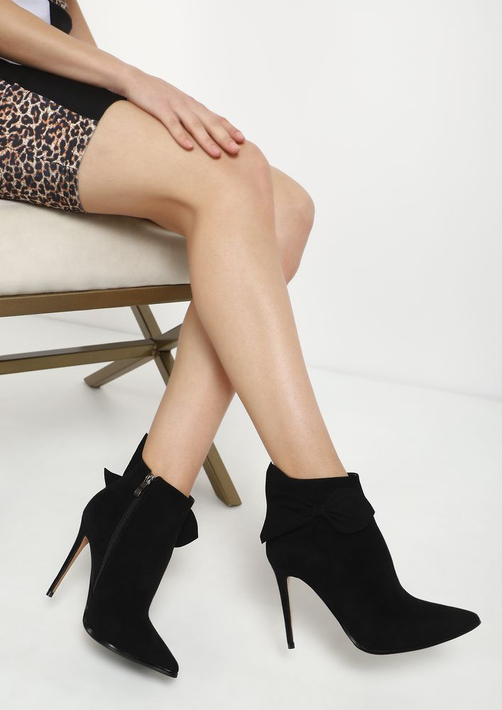 FLIRTY LIL AFFAIR BLACK ANKLE BOOTS