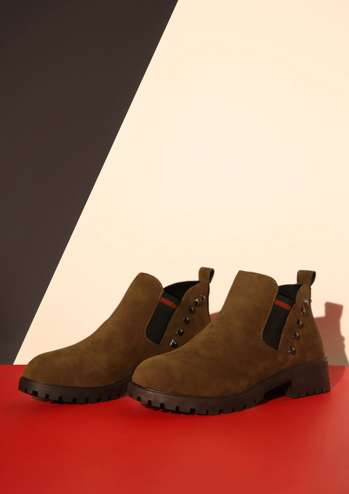 CLASSIC WITH A TWIST BROWN CHELSEA BOOTS