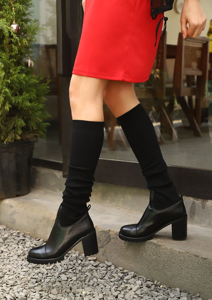 SOCK IT UP SWEETHEART BLACK MID-CUFF BOOTS