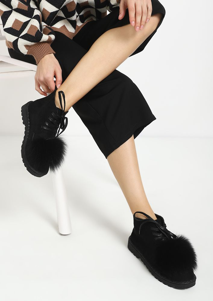 FURRY DREAMS BLACK CASUAL SHOES