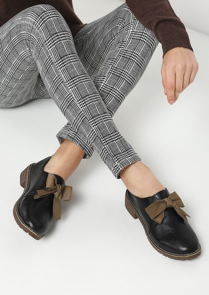 MY BOW MY RULES BLACK CASUAL SHOES