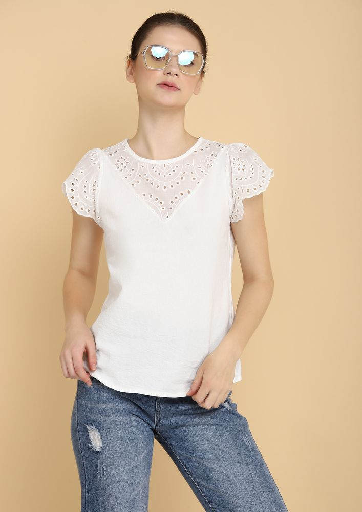 PRETTY IN SCHIFFLI WHITE BLOUSE