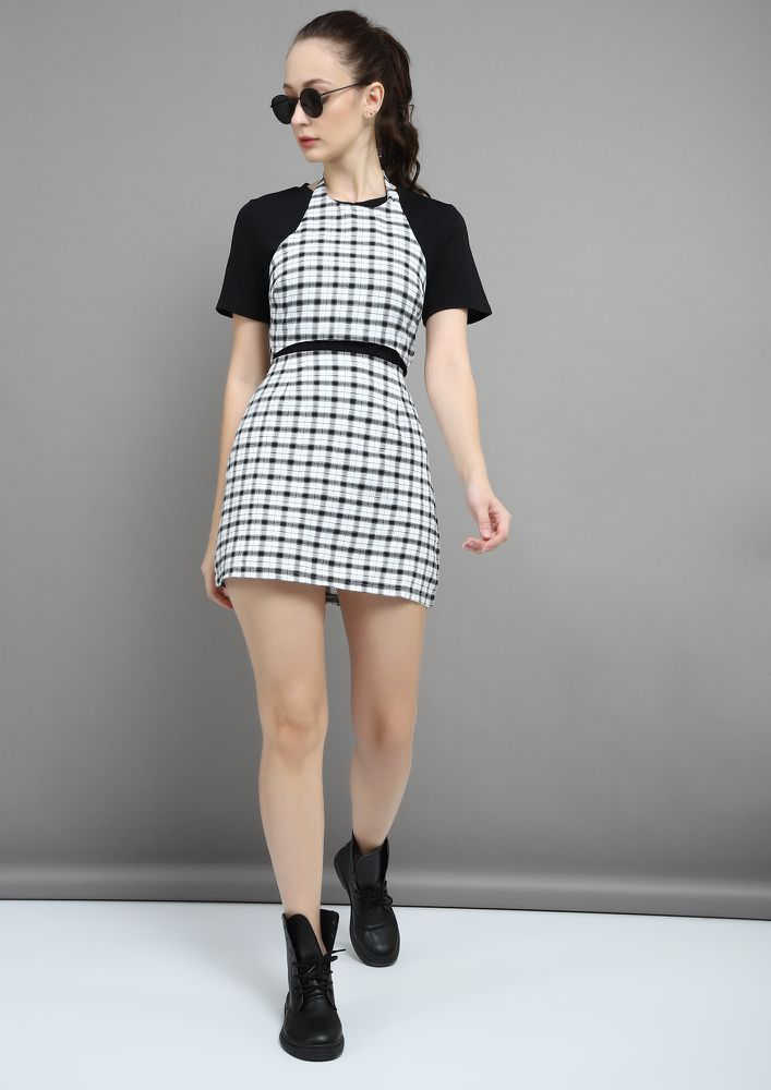 CHECKS RULE ALL BLACK AND WHITE TWO PIECE SET