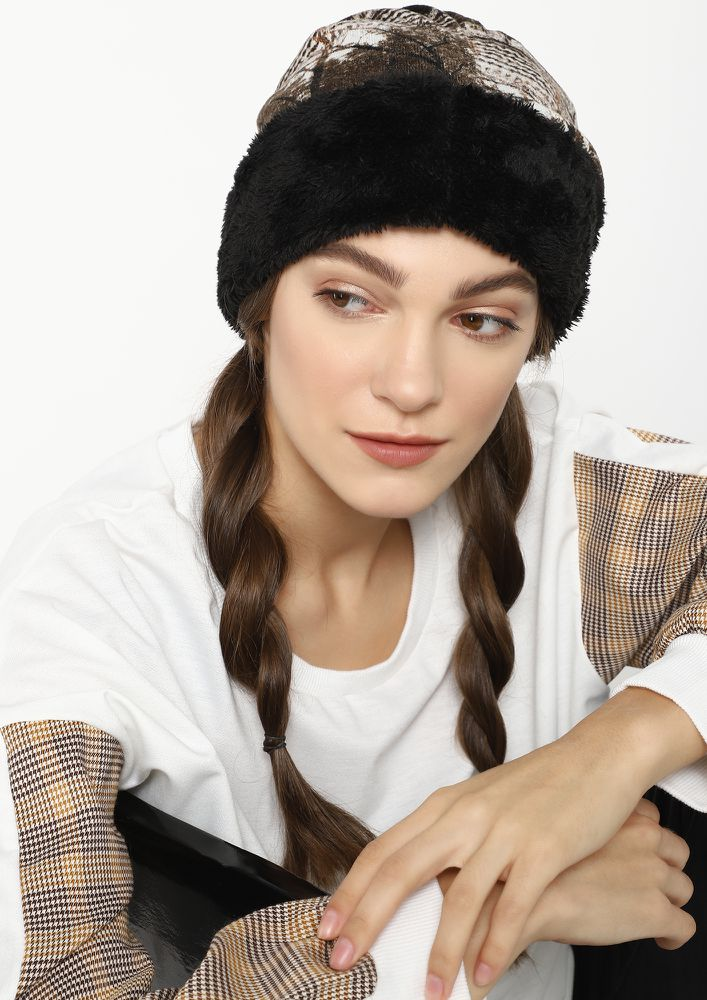 LIKE THE RUSSIANS BROWN REVERSIBLE BEANIE