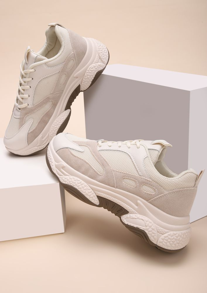 THE SPORTS STAR BEIGE TRAINERS