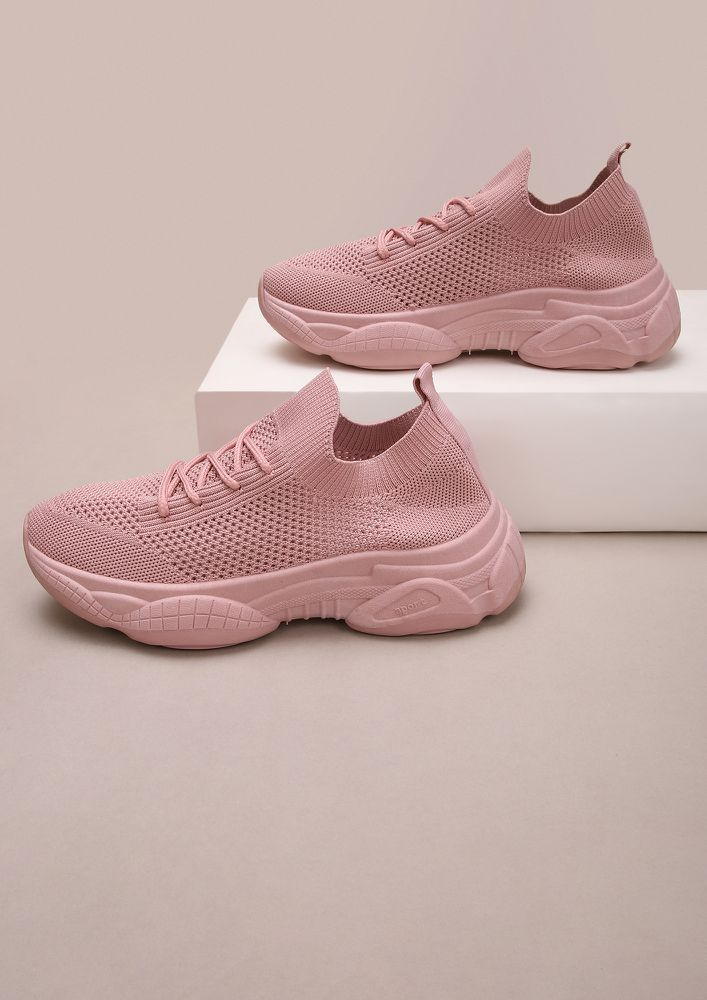 PULL UP THE SOCKS PINK TRAINERS