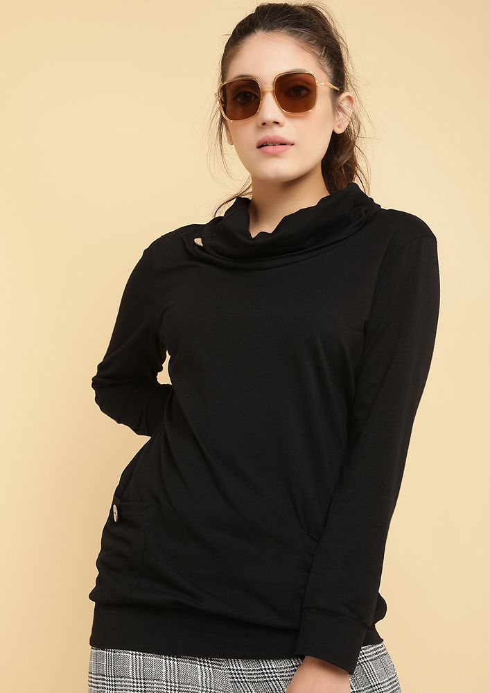 OUT FOR THE CHILL BLACK SWEATSHIRT