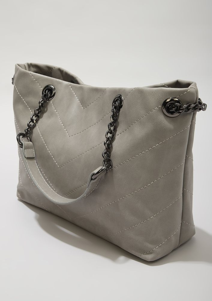PRIM TO THE MAX GREY TOTE BAG