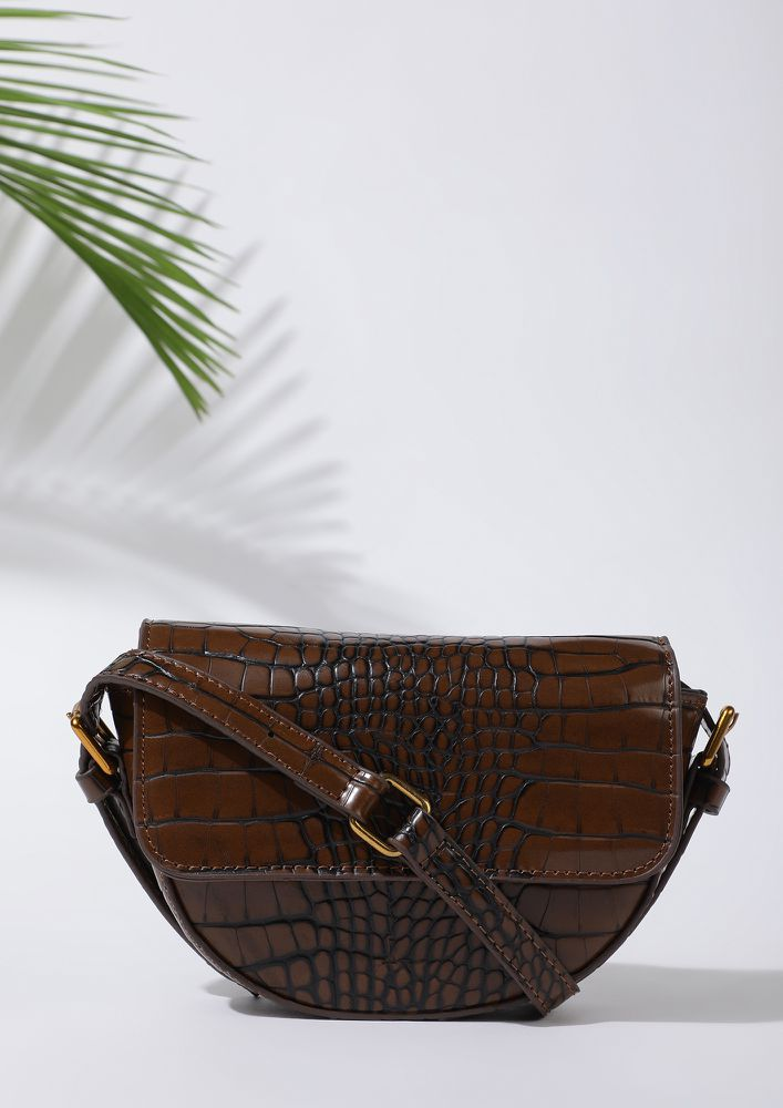 TAKE IT FROM THE JUNGLE BROWN SLING BAG