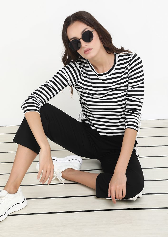 BEFALL YOU STRIPED TOP