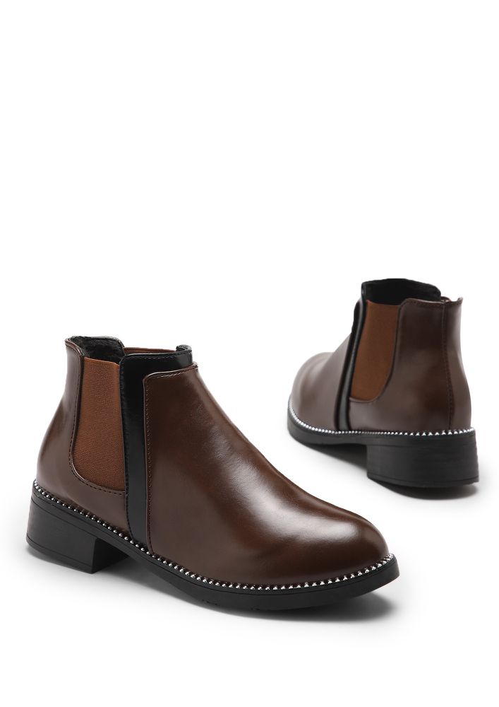 DAPPERFIED FEET CHOCOLATE BROWN CHELSEA BOOTS