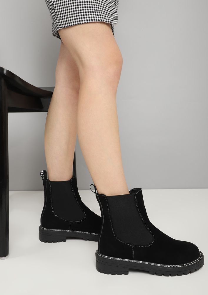 HIT THE FLOOR VELVET BLACK CHELSEA BOOTS