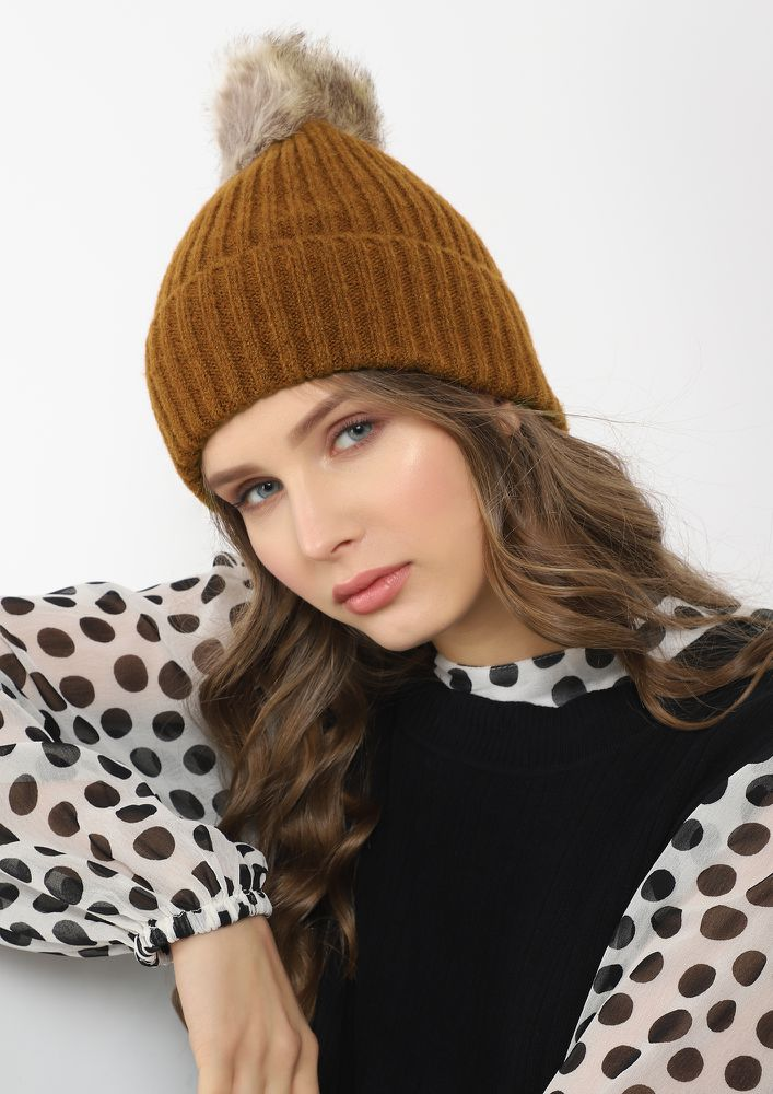 FURRY AND FUZZY COFFEE BROWN BOBBLE HAT