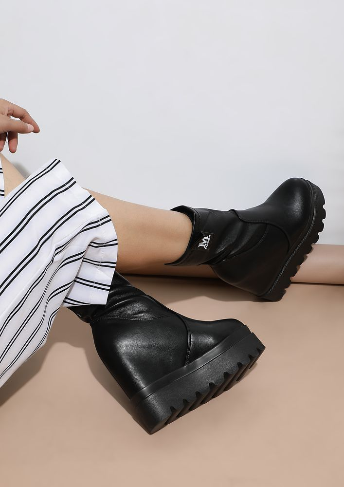 STEP UP THE GAME PATENT BLACK BOOTS