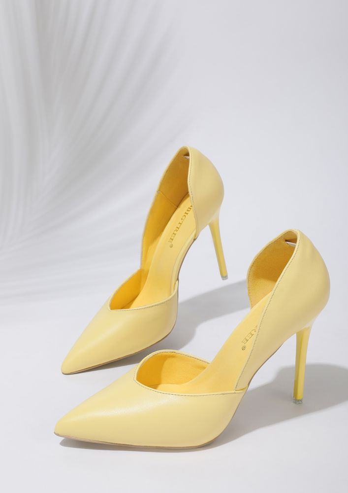 WALK ALL OVER YELLOW PUMPS