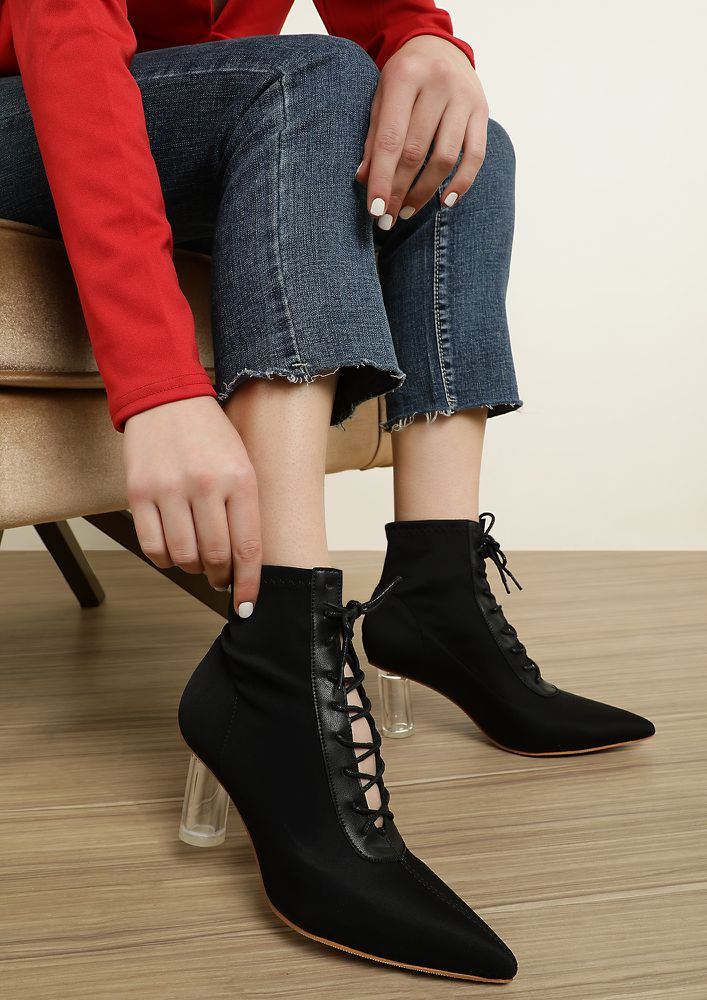 Step by Step Black Heeled Boots