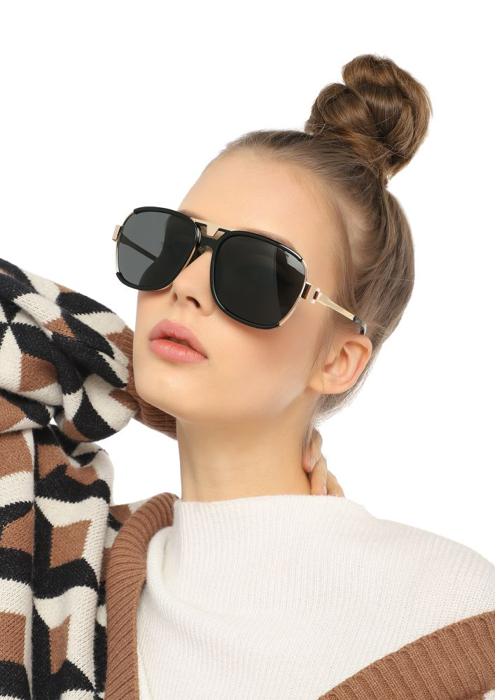 TAKE CHARGE OF LIFE BLACK SQUARE SUNGLASSES