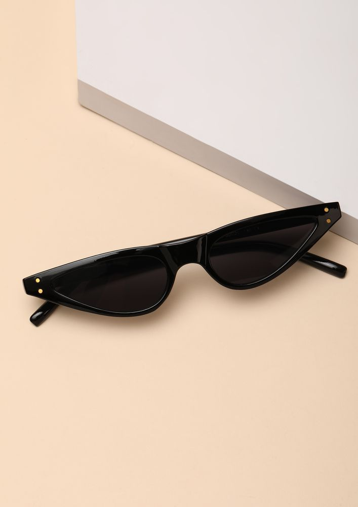 THE FINE FELINE BLACK CATEYE SUNGLASSES