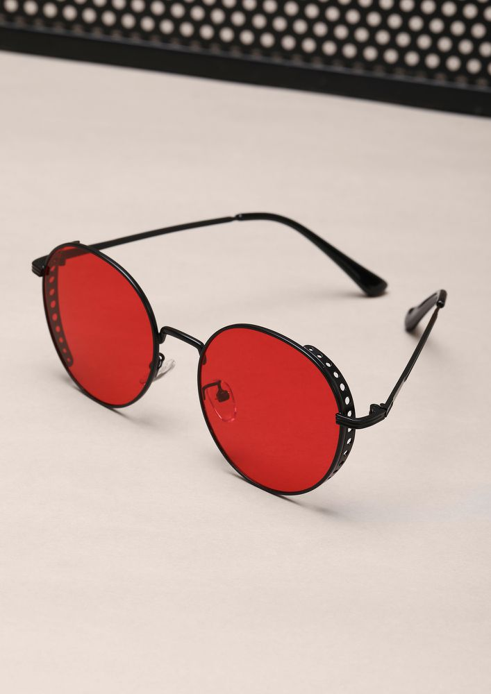 THE RETRO GLAM RED ROUND SUNGLASSES
