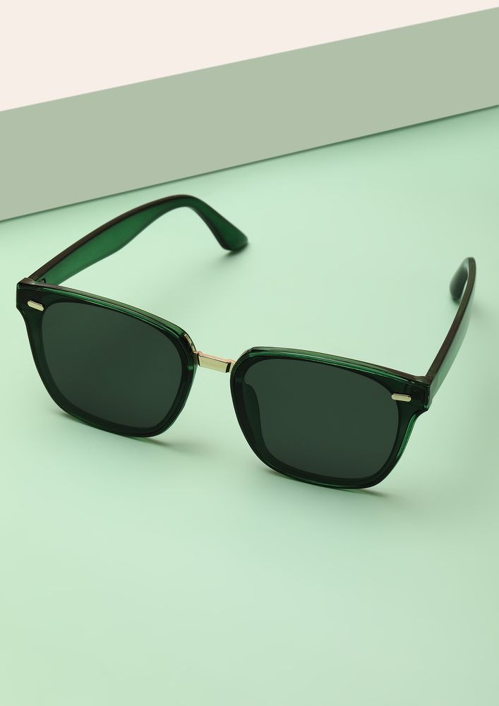 NO BIGGIE GREEN WAYFARER SUNGLASSES