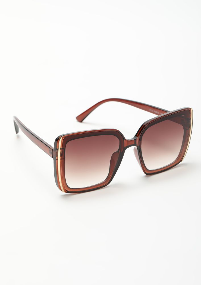 THE VINTAGE LOVER TEA BROWN WAYFARERS