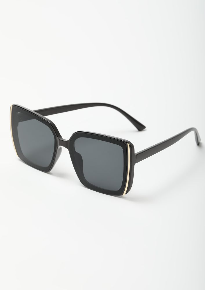 THE VINTAGE LOVER BLACK WAYFARERS