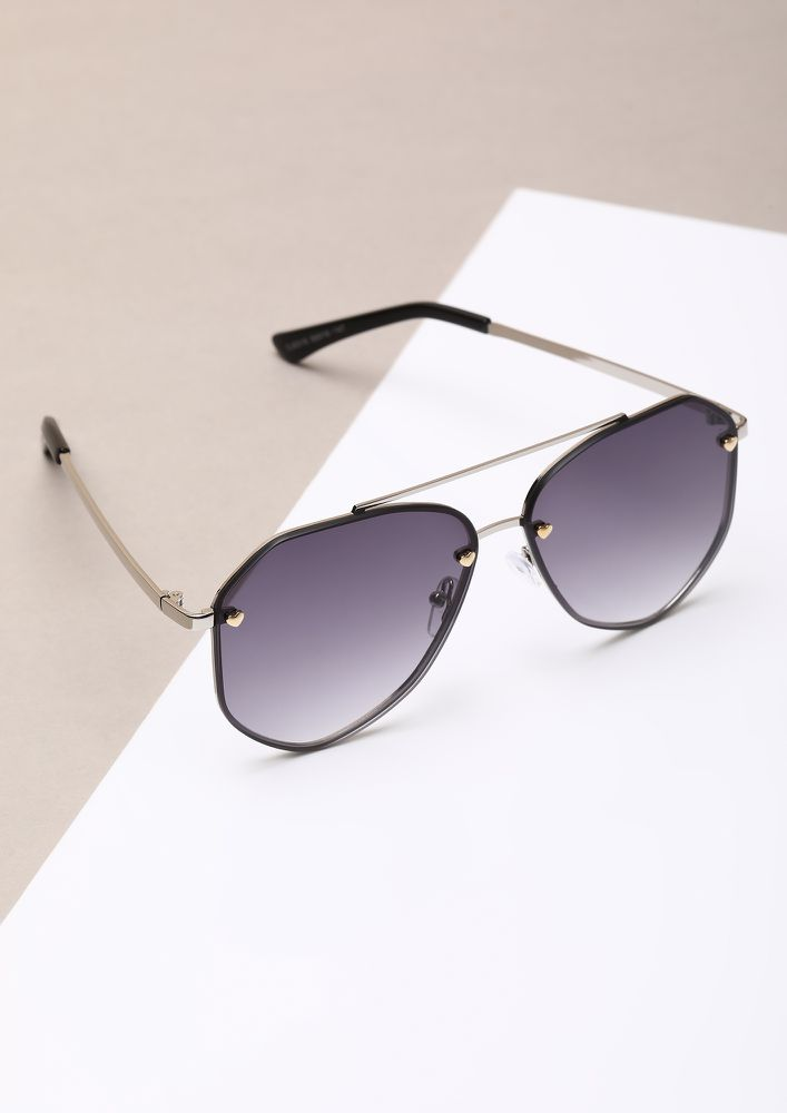 SLAY YOUR WAY SILVER RETRO SUNGLASSES