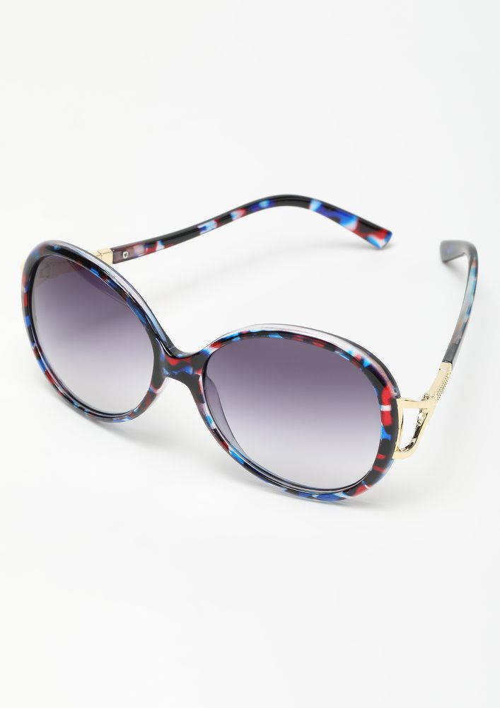 PEPPING IT UP BLUE RETRO SUNGLASSES
