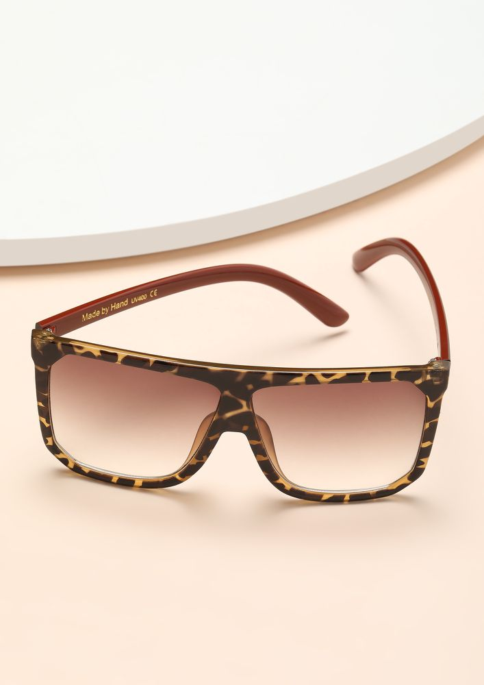 CLAP BACK AMBER SQUARE FRAME SUNGLASSES