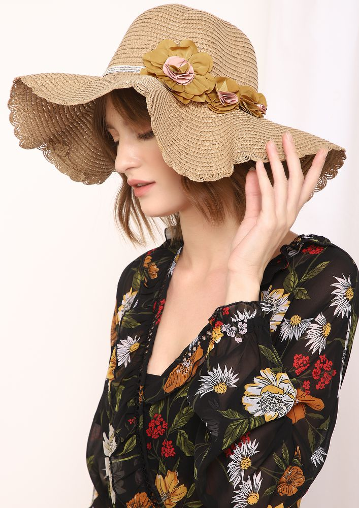 DREAMING A BEACH VACAY TAN FLOPPY STRAW HAT
