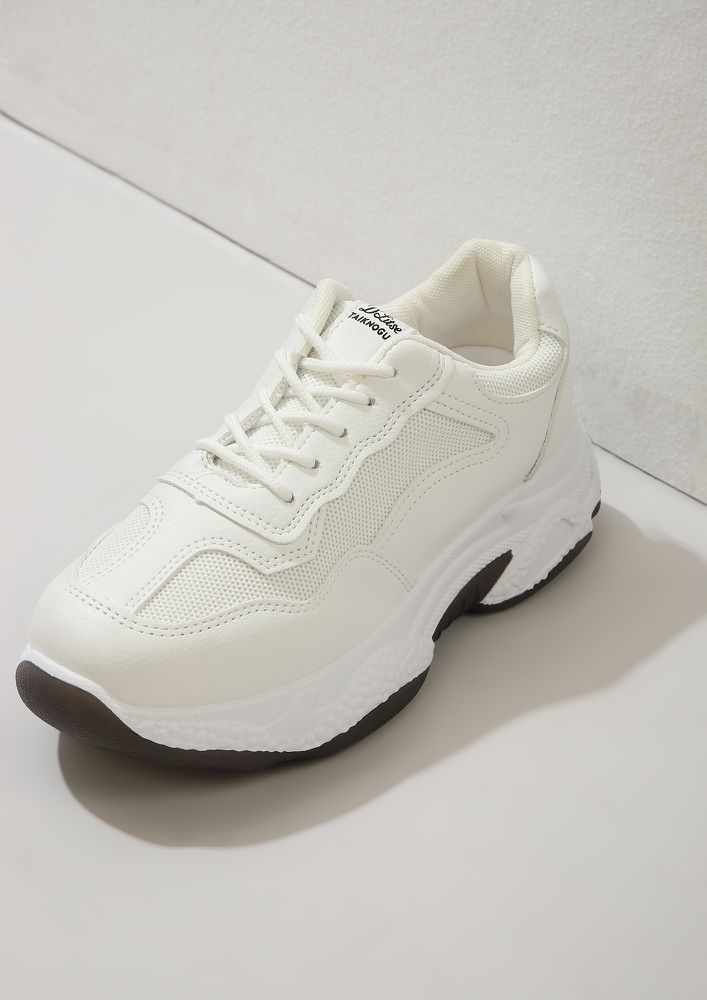 GYM CLASS HEROES WHITE TRAINERS