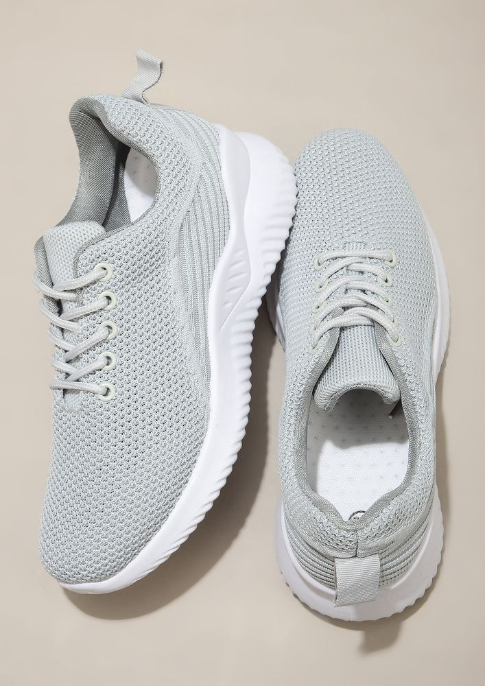 GOING BACK TO BASICS GREY TRAINERS