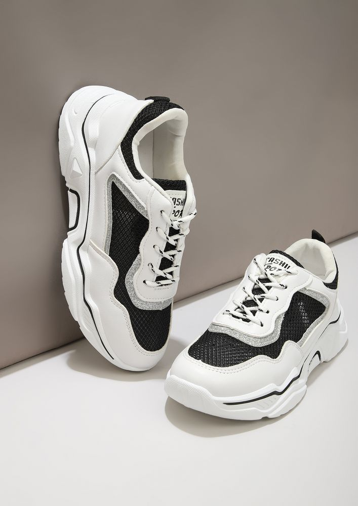 KICK OF FRESH AIR BLACK WHITE TRAINERS