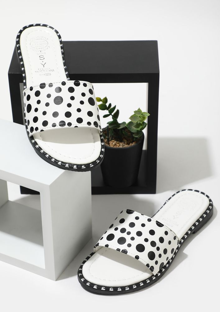 DOTTED DIANA WHITE FLAT SANDALS