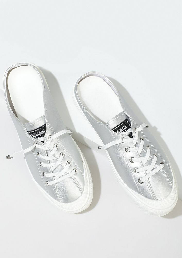 THE COMFY SPORTY SILVER MULE SNEAKERS