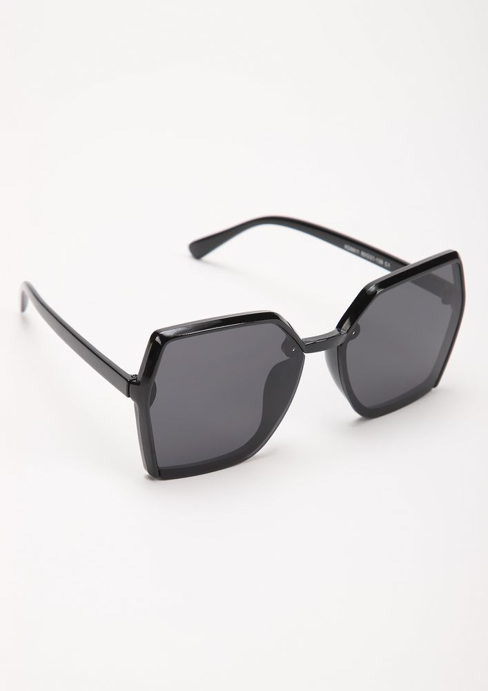 ON DUTY BLACK SQUARE FRAME SUNGLASSES