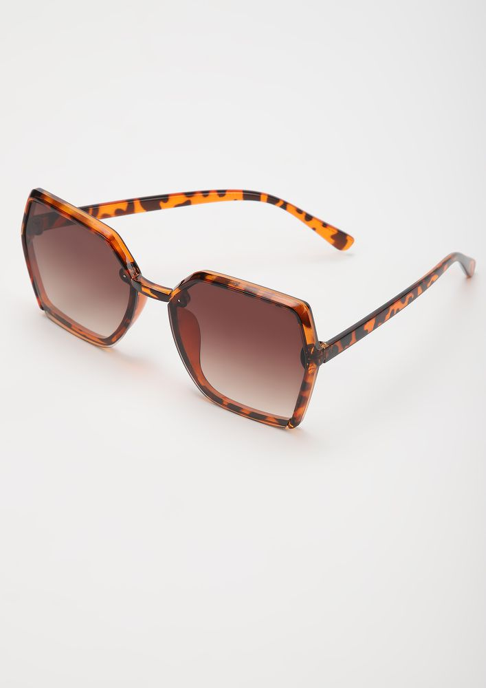 ON DUTY AMBER SQUARE FRAME SUNGLASSES