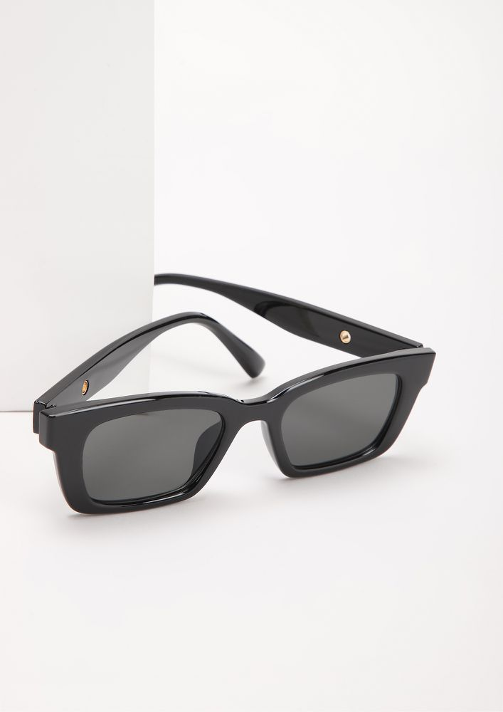 BASIC BITCH VIBE BLACK RETRO SUNGLASSES