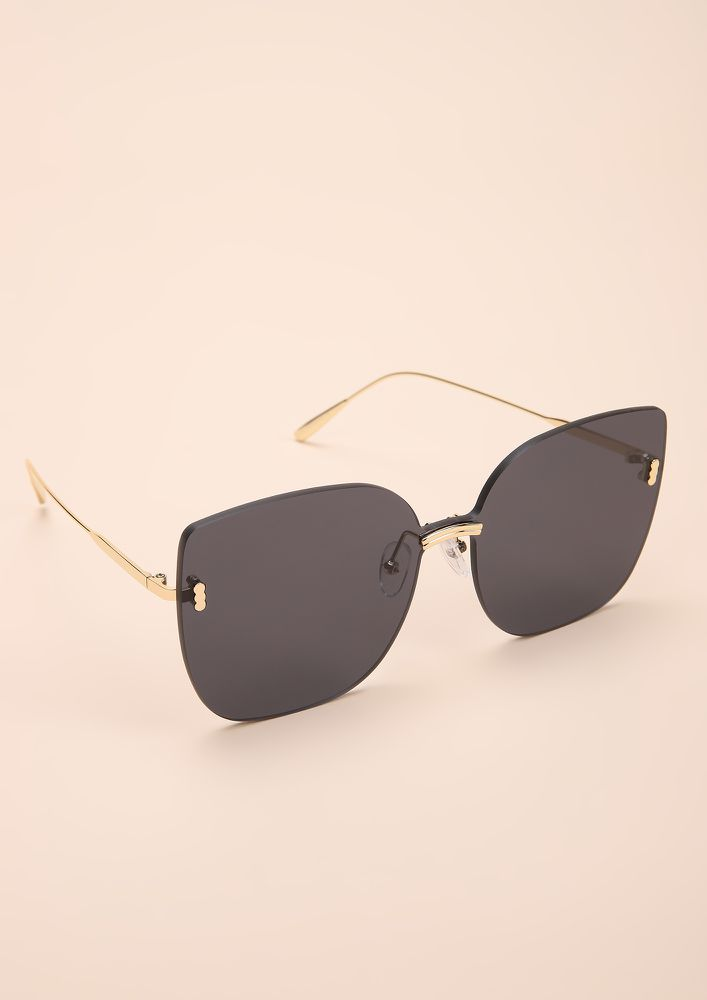 EYE-CONIC BLACK CATEYE SUNGLASSES