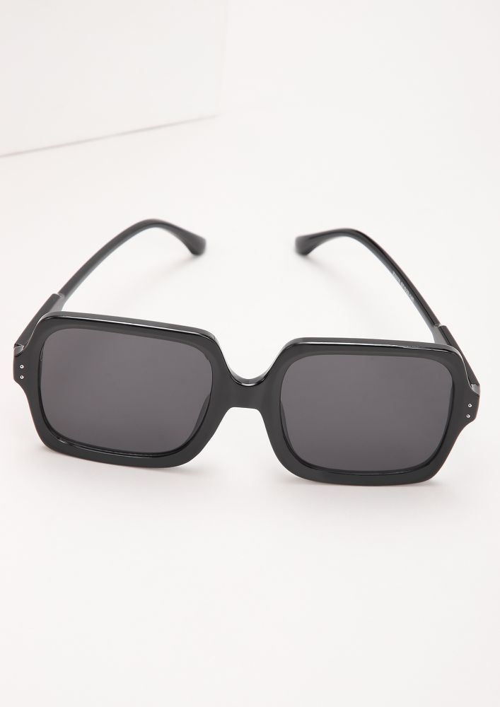 GET DOWN TO BASICS BLACK SQUARE FRAME SUNGLASSES