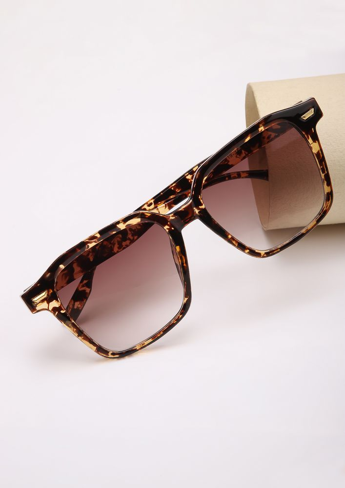 S-PRINTING ALL OVER AMBER SQUARE FRAME SUNGLASSES