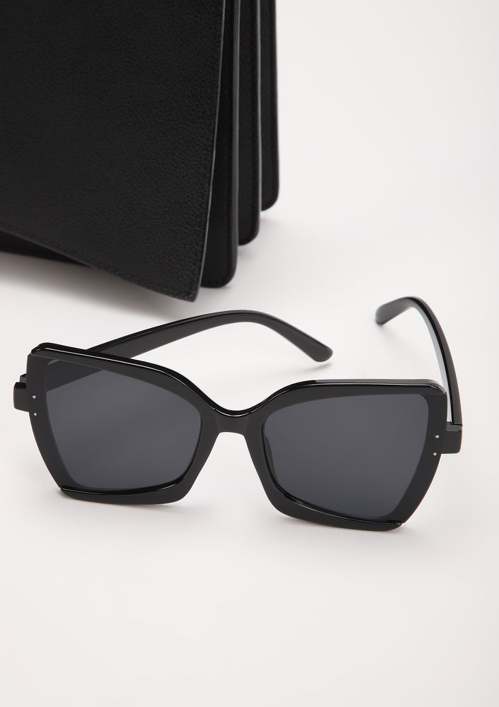 WILDFIRE BLACK SQUARE FRAME SUNGLASSES