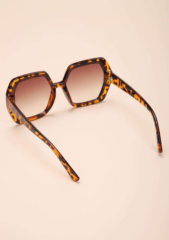PURR-FECTLY NORMAL AMBER SQUARE FRAME SUNGLASSES