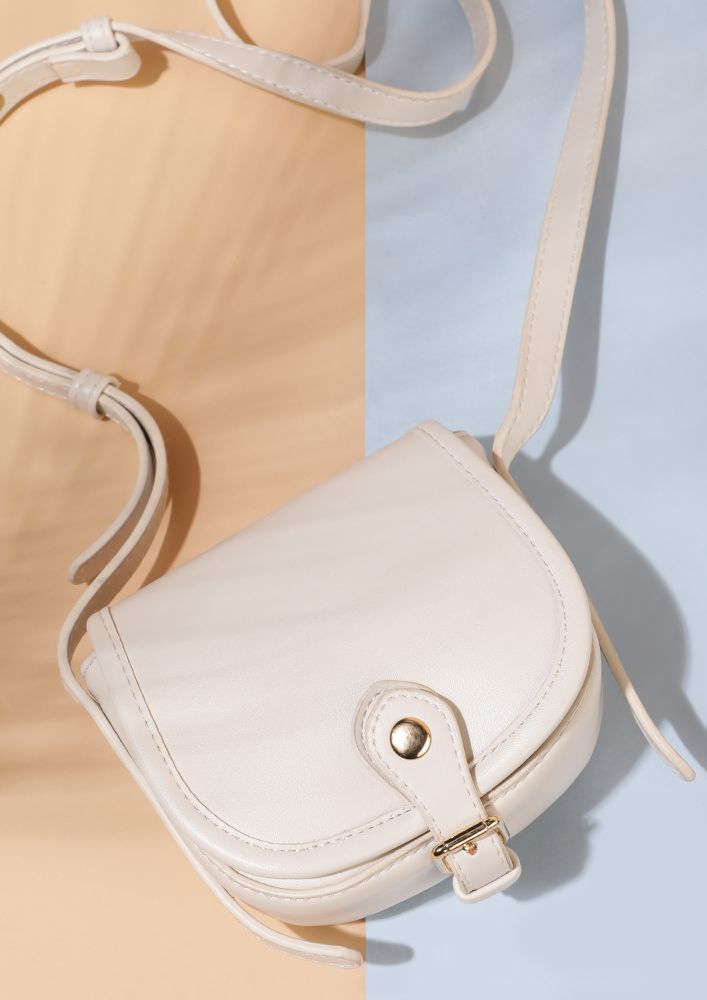 ALL ITSY DITSY WHITE SLING BAG