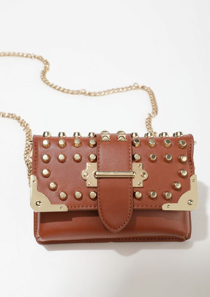 STUDS FOR EVERYONE BROWN FANNY PACK