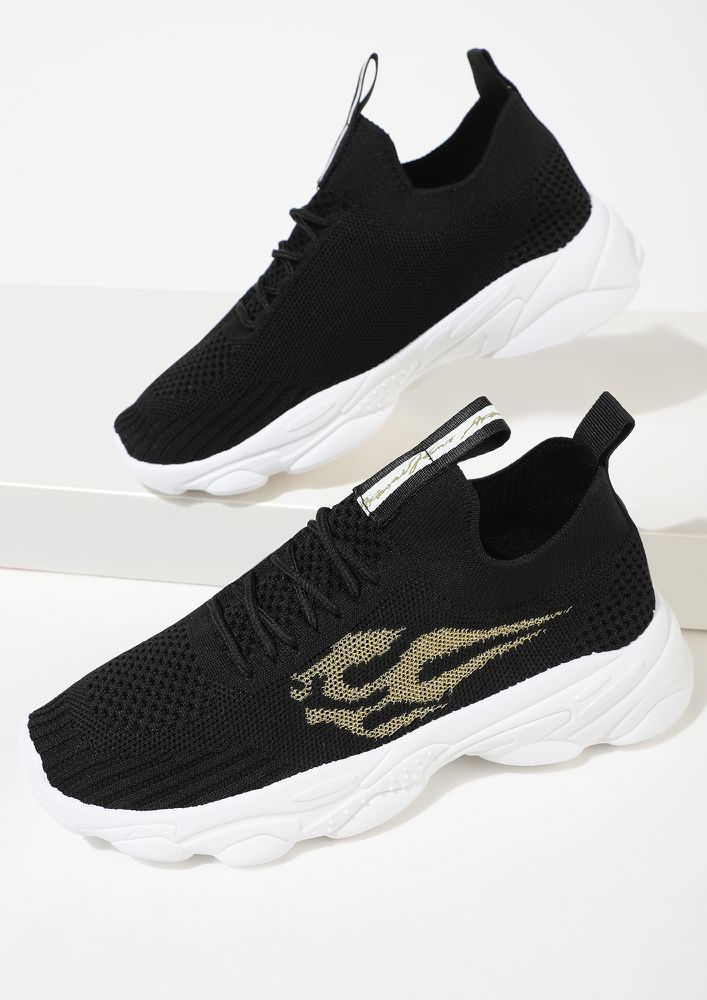 WANDERERS MUST HAVE BLACK TRAINERS