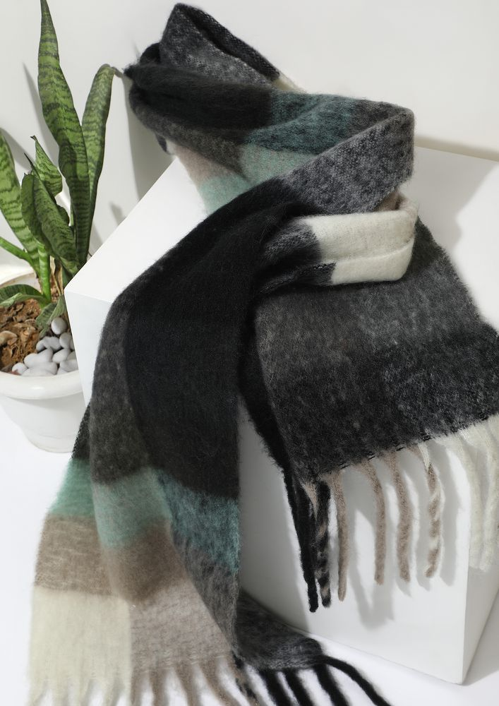 BE AT EASE GREY BLANKET SCARF