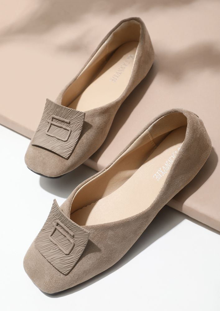 SIMPLE LIVING HIGH THINKING BEIGE FLATS