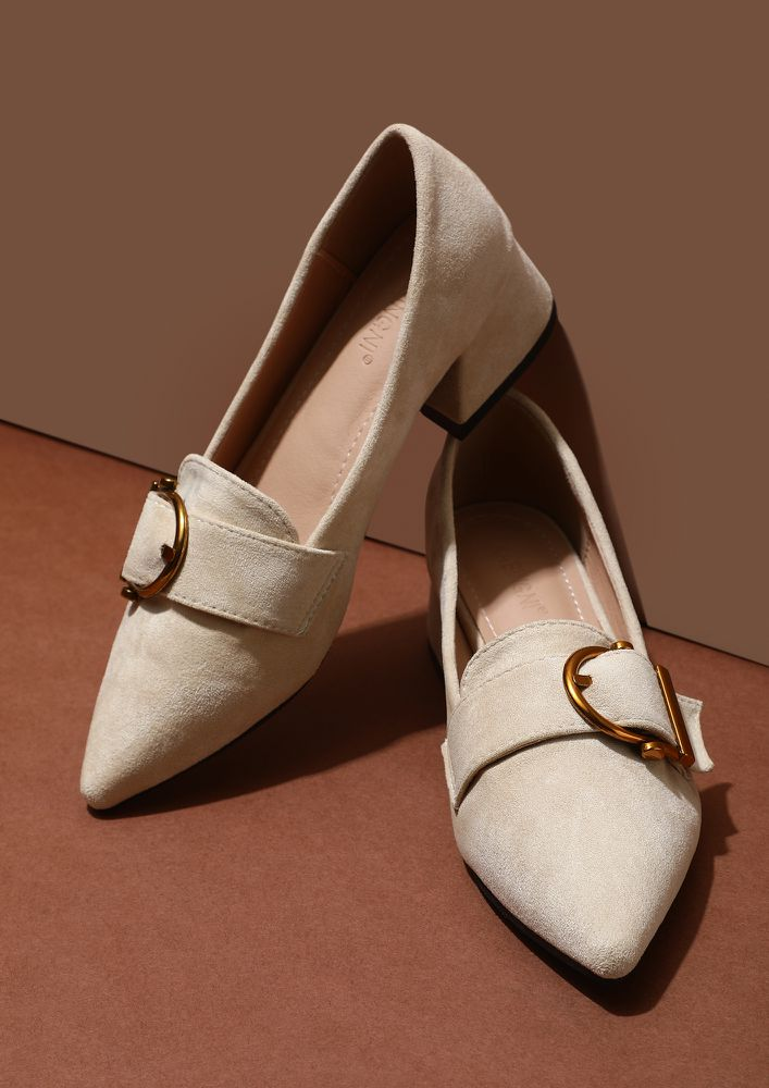 EVERYWHERE AND ANYWHERE BEIGE LOW HEELED SANDALS
